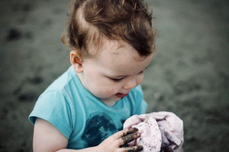 bébé en camping